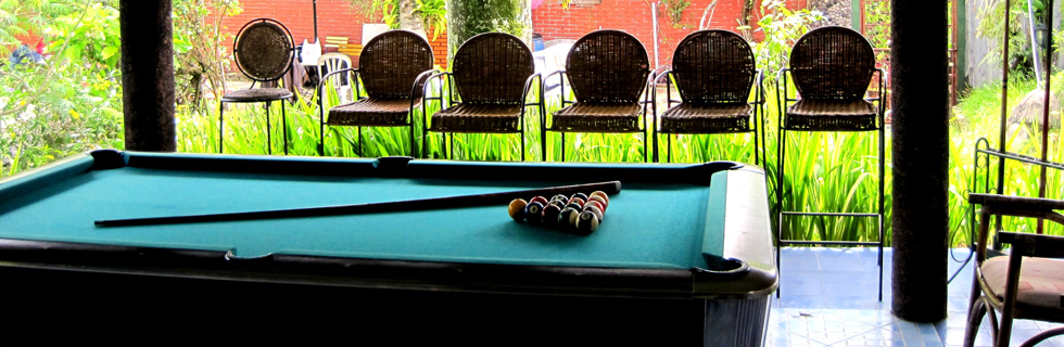 Eight Pool Table